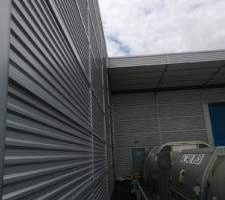 Cladding-cleaning-at-UPS-Stansted-1-225x300