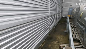 Cladding-cleaning-at-UPS-Stansted-1024x768